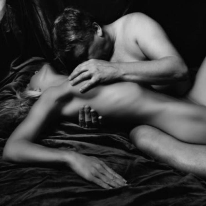 Daringsex Erotic Couple Enjoying Pleasure