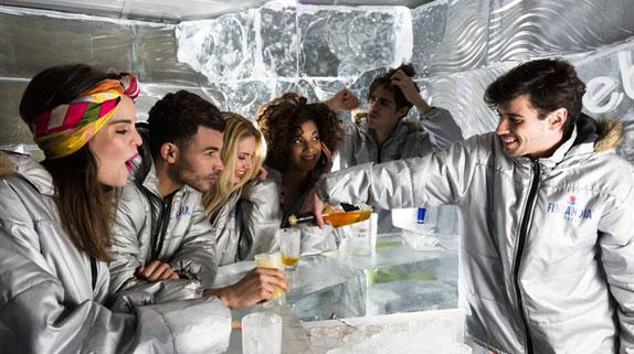 Icebarcelona es el primer bar de hielo en el mundo y es perfecto pra visitar con amigos